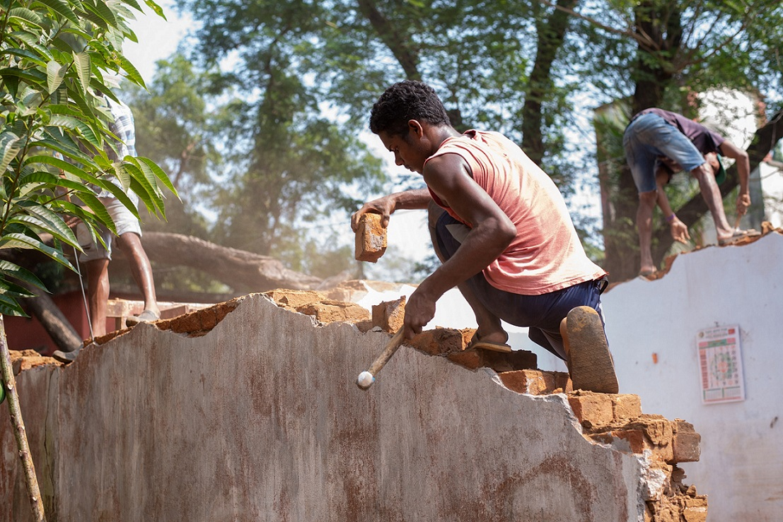 A construction worker in India - Ajaya Behera, Gram Vikas