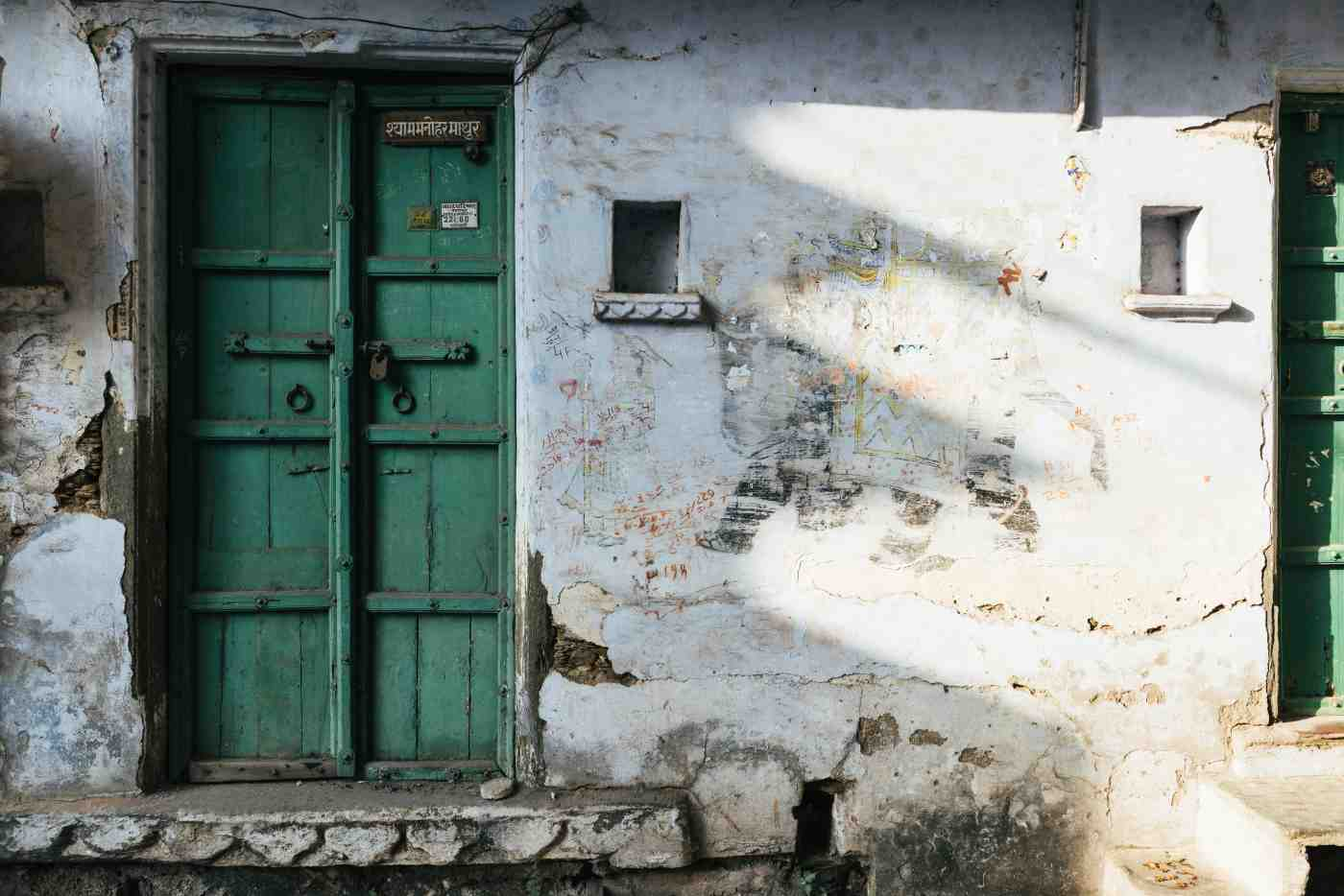 locked door in Varanasi-domestic violence