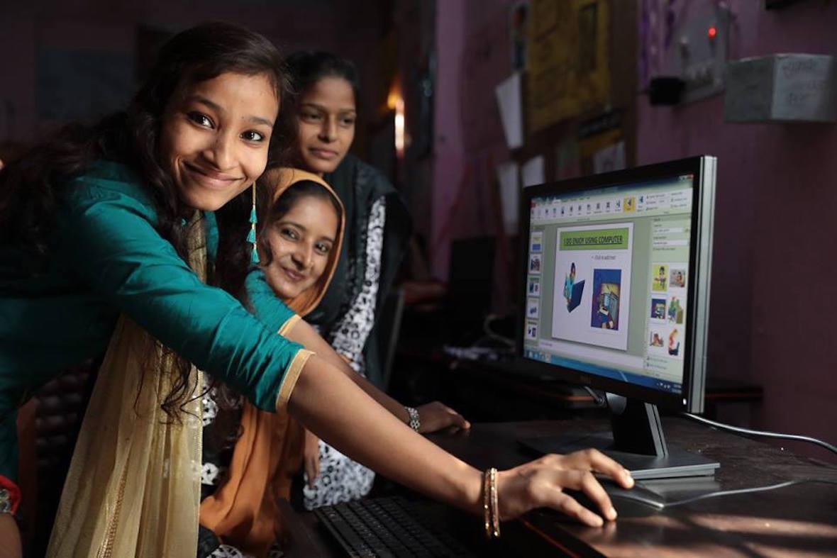 social businesses - girls using tech