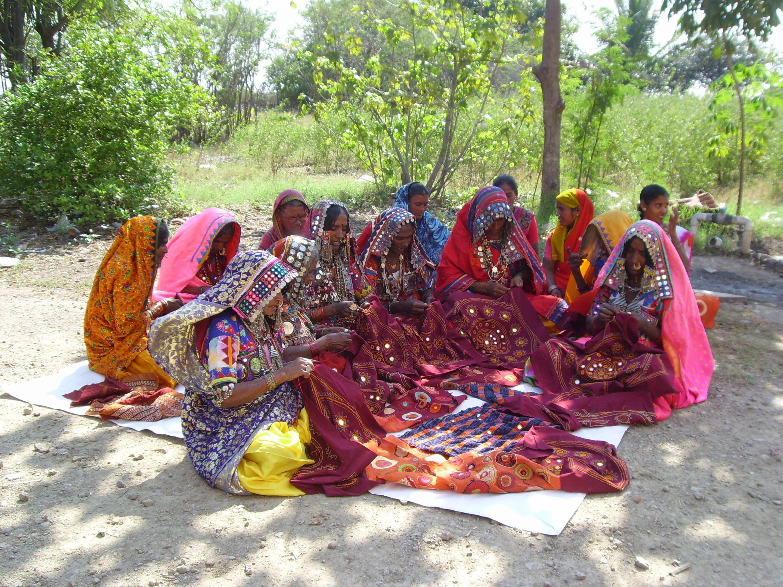 Group of Lambani women working on embroidery_SHGs_Wikipedia
