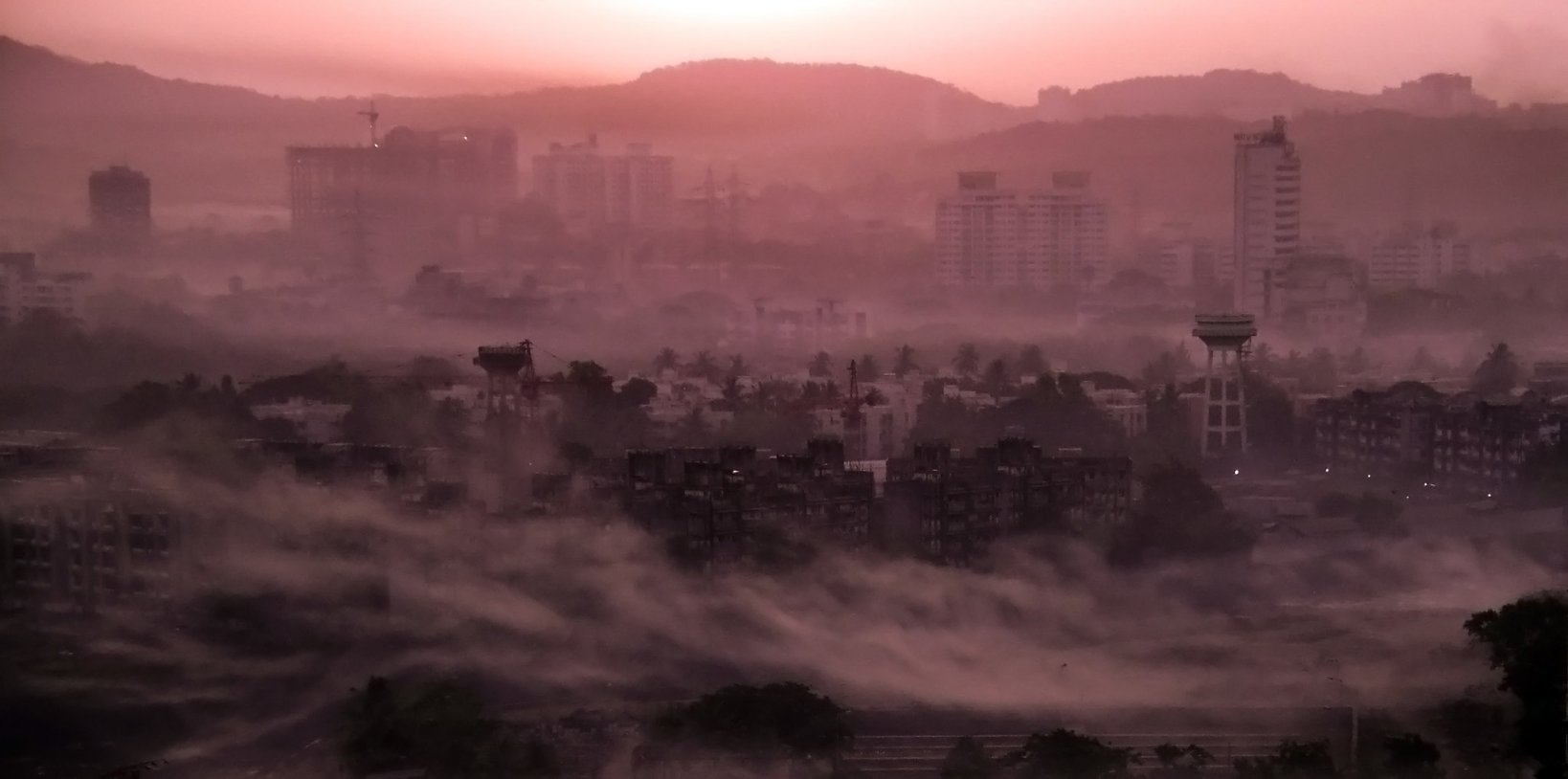 Mumbai air pollution at dawn-air quality