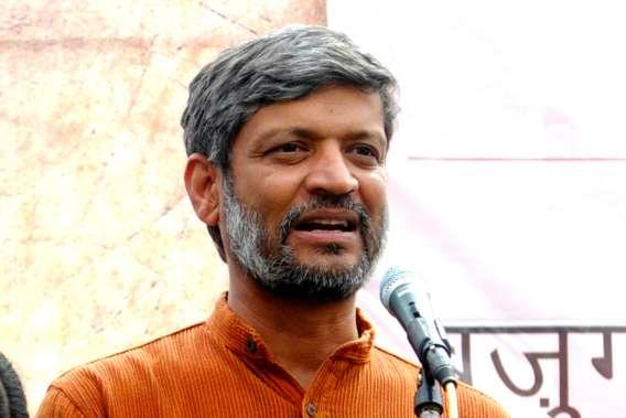 Nikhil Dey-profile