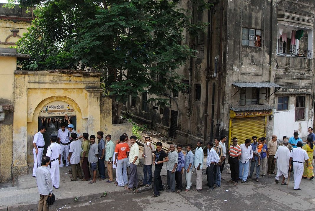 People waiting to vote in West Bengal_indian elections_wikimedia commons