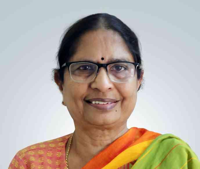 Shanta Sinha-profile