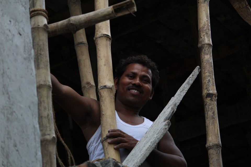 a construction worker in india_coronavirus_Wikimedia Commons