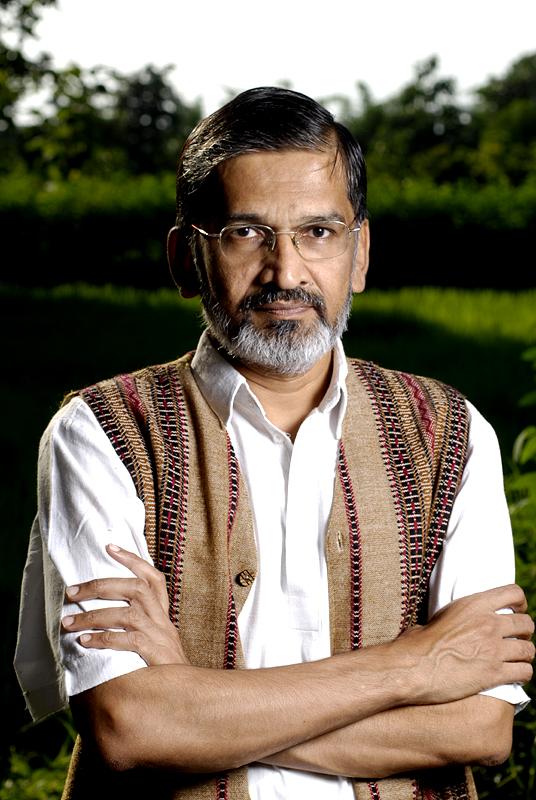 Dr Abhay Bang Profile