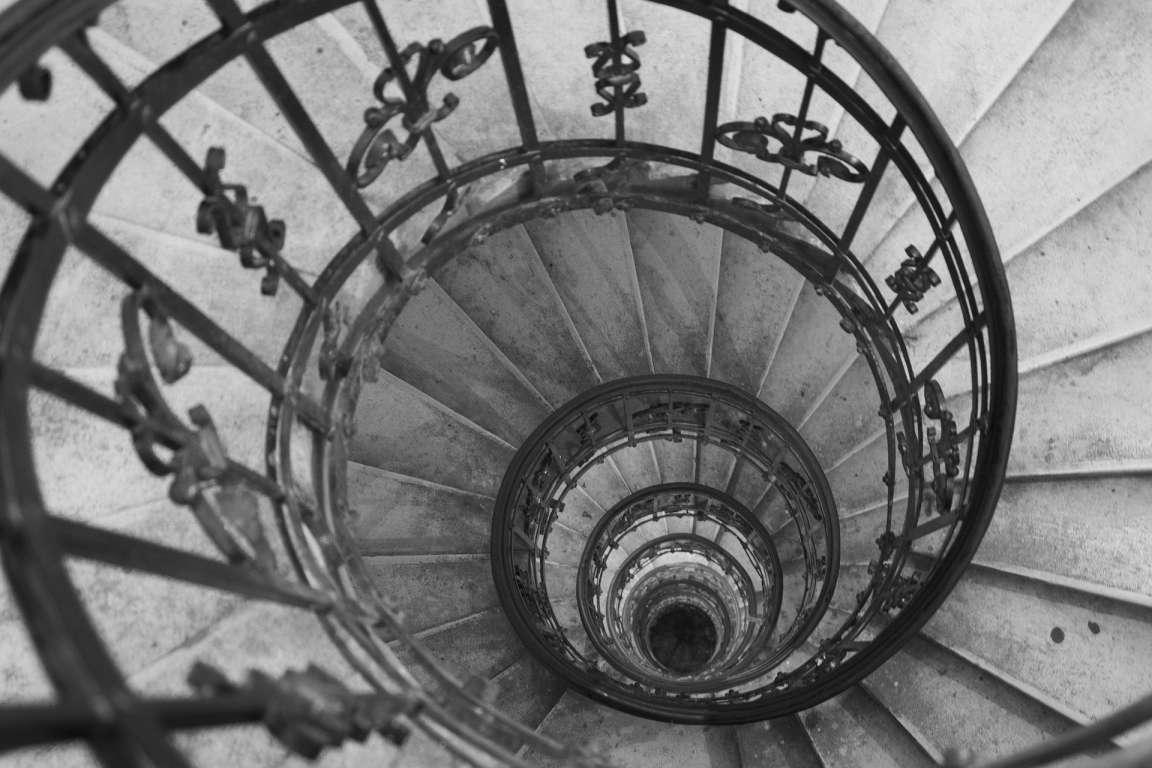spiral staircase-csr