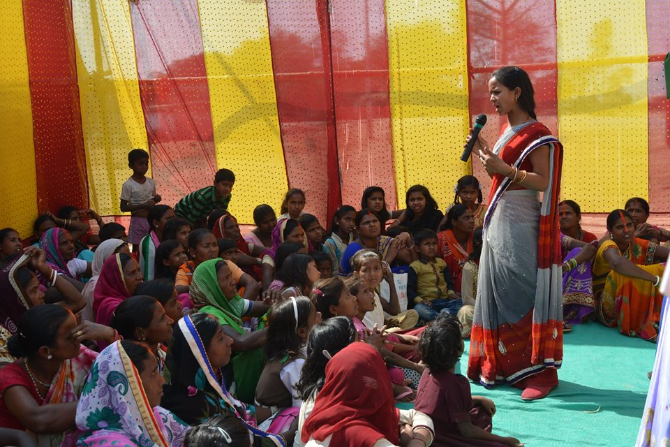 A woman in Jharkhand advocating for local governance _ PRADAN