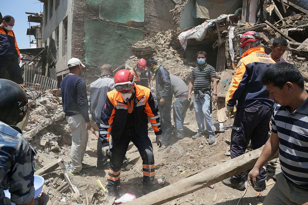 Volunteers during nepal earthquake