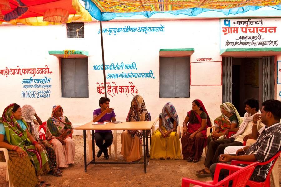 women at a panchayat meeting-local governance