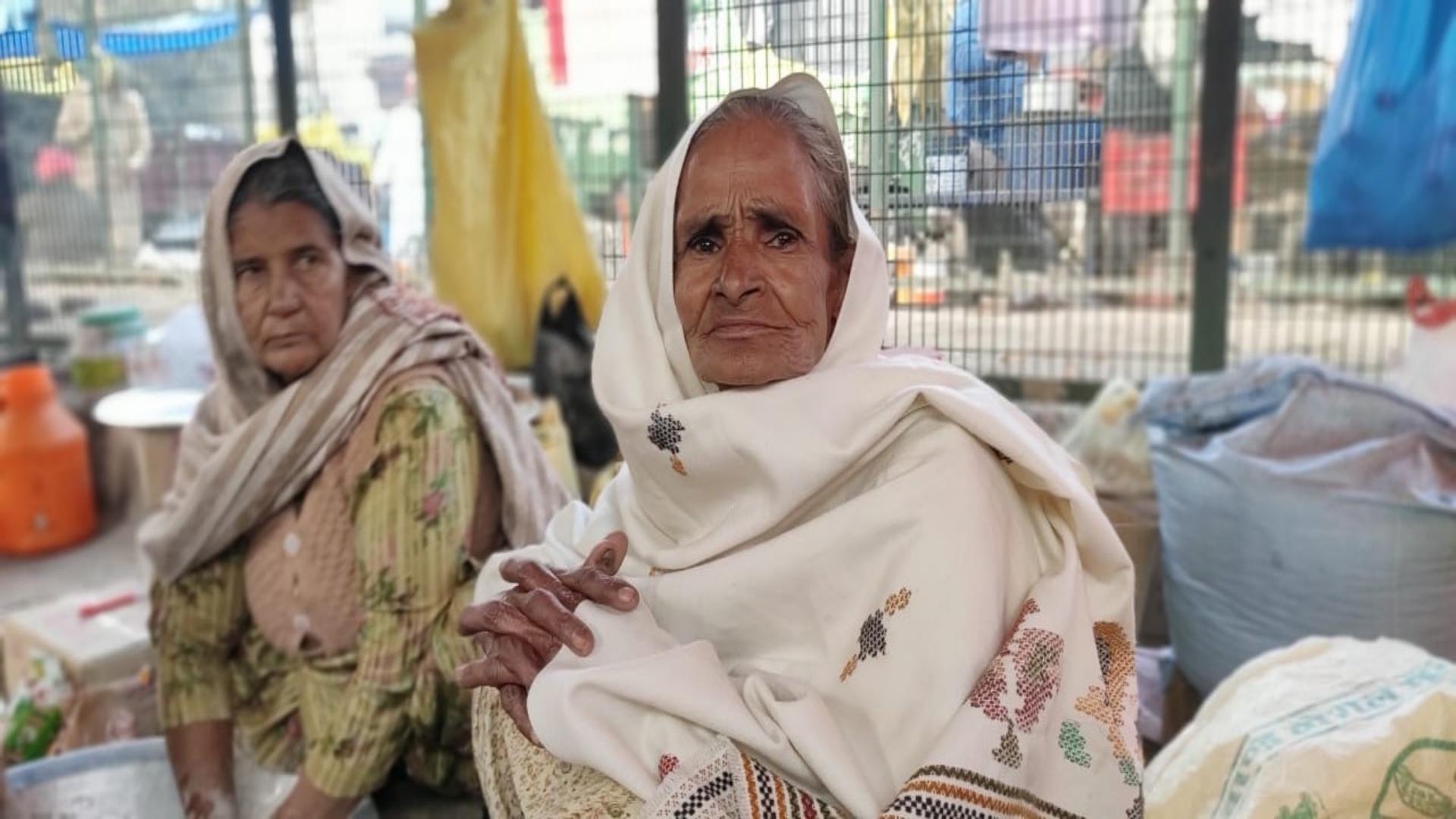 elderly woman protester at Tikri border_women farmers