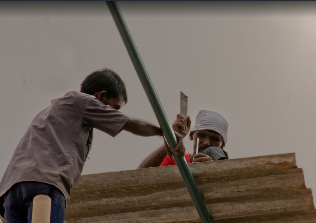 construction-migrant-workers-in-india-low-income-housing