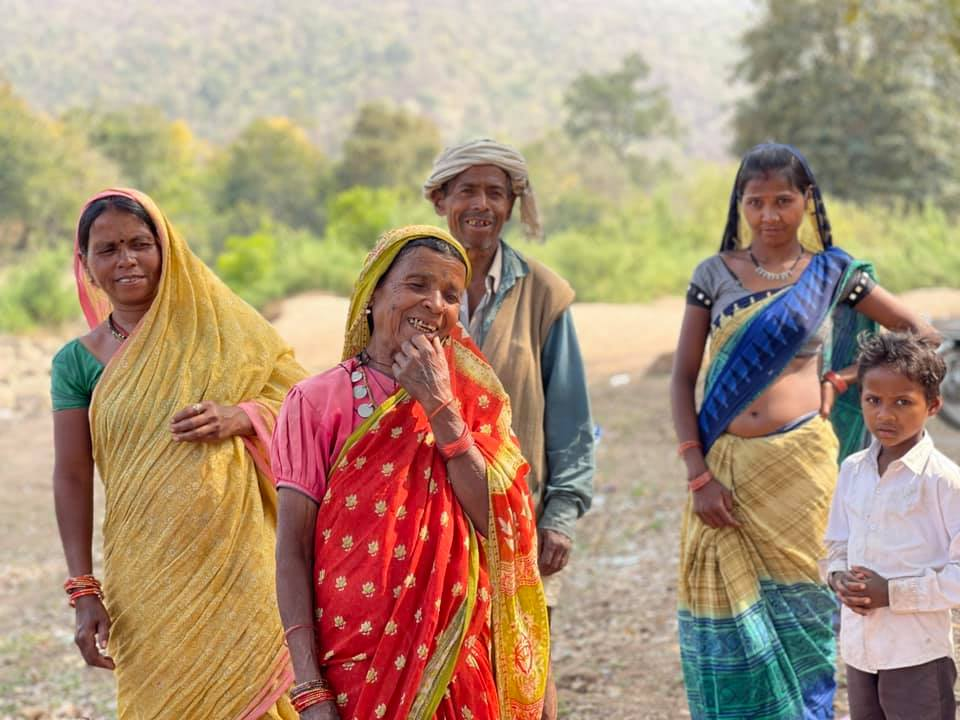 a group of three women, one man, and a child standing_Sukarma Foundation_covid19 surge in rural madhya pradesh