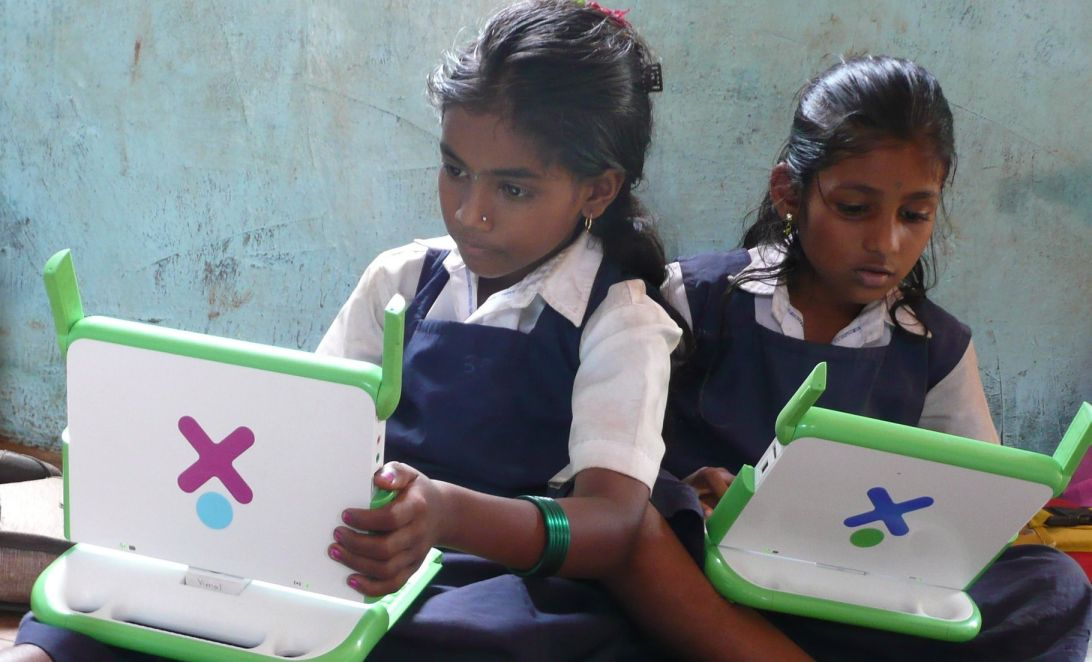 Young girls studying on laptops_Flickr-EdTech online learning
